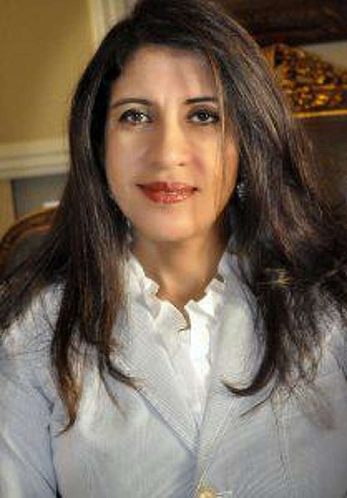 World-renowned paleo-radiologist Sahar Saleem will present