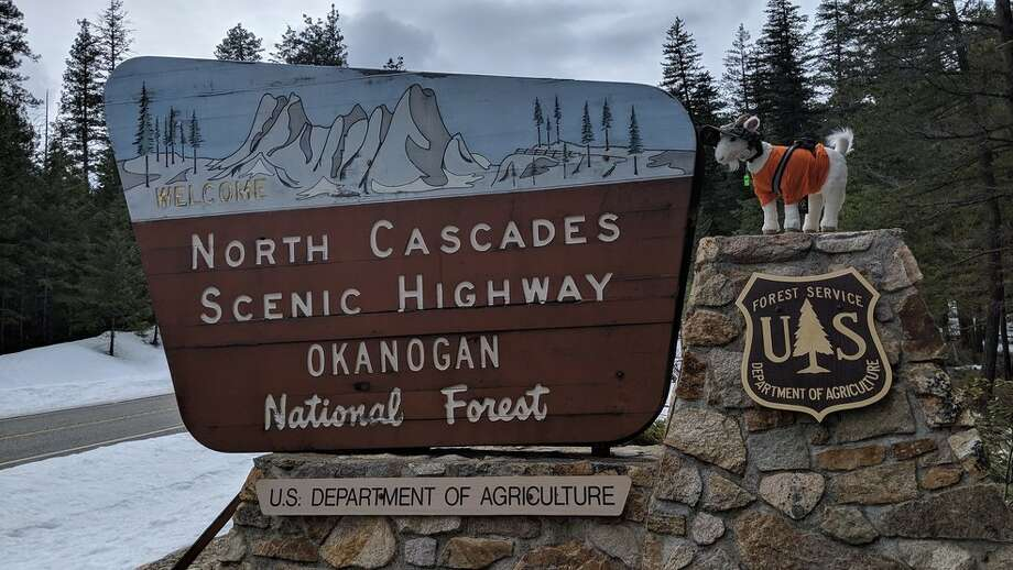Sign greets travelers to the North Cascades Highway. Photo: Washington State Department Of Transportation
