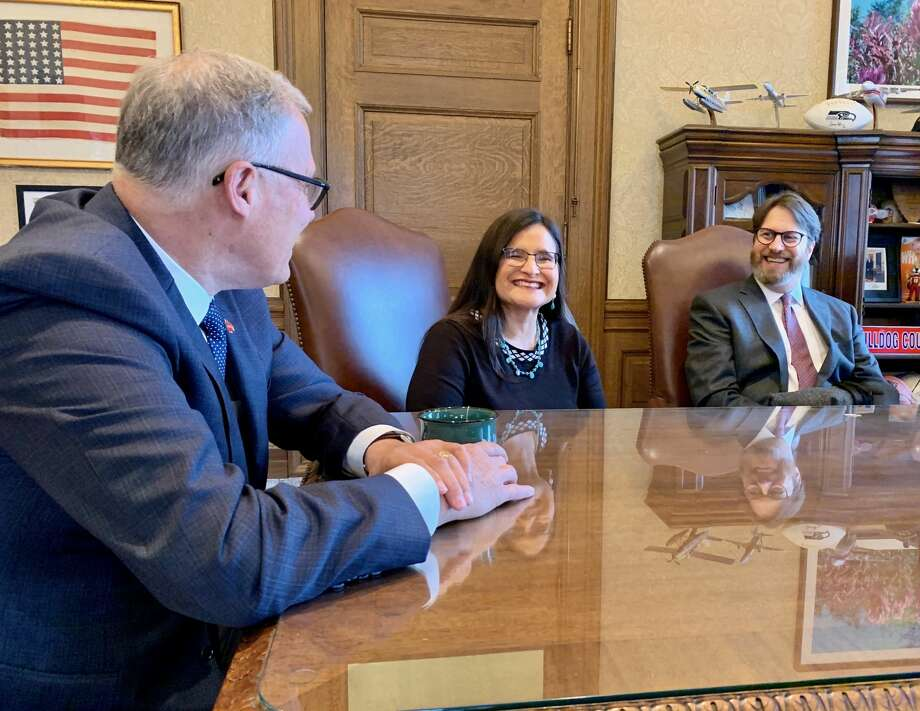 Gov. Jay Inslee meets with Judge Raquel Montoya-Lewis moments before he officially announces her appointment to the Washington State Supreme Court. (Office of the Governor photo) Photo: Office Of The Governor Photo