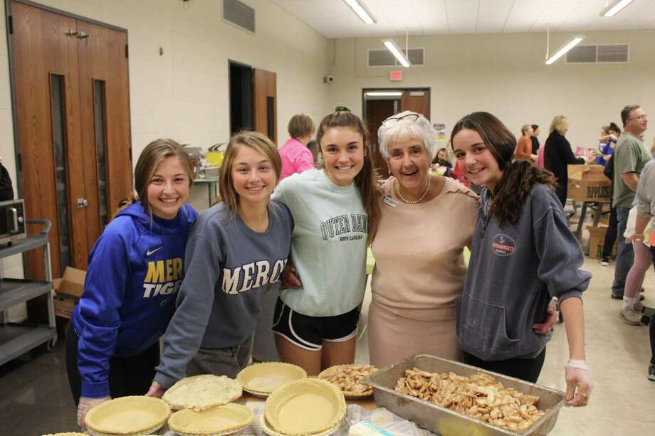 Members of the Mercy High School community made 394 Thanksgiving pies during its annual pie baking evening, held this year Nov. 25. Students, families, alumnae, faculty and staff baked pumpkin and apple versions for the less fortunate in the local area. Photo: Contributed Photo
