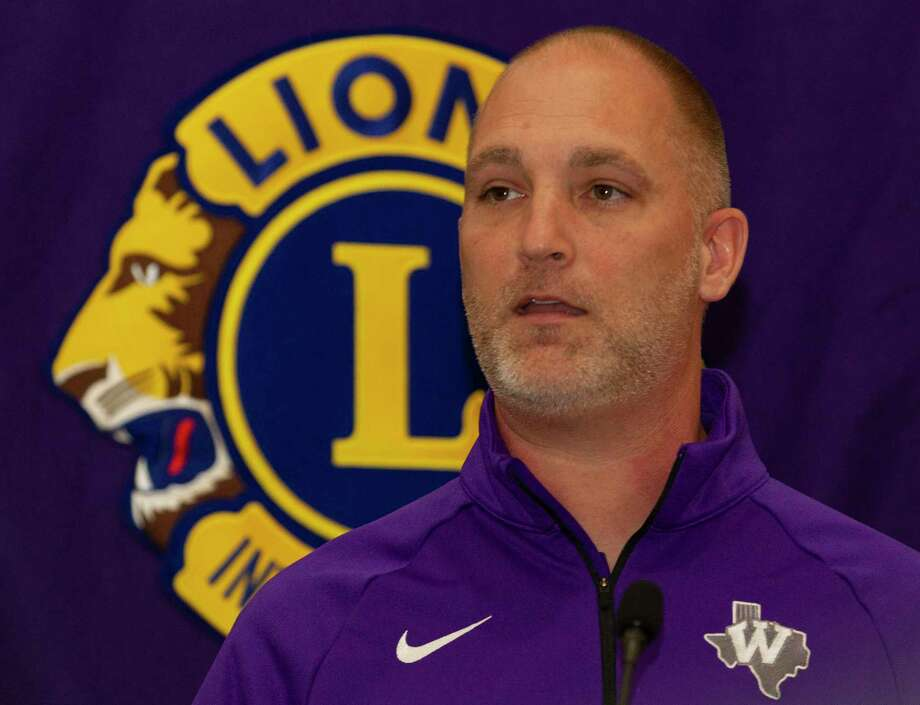 Willis head coach Michael Storms speaks during the Conroe Noon Lions Club's annual Roundball Roundup with area boys basketball coaches at the Lone Star Convention & Expo Center, Wednesday, Dec. 4 2019, in Conroe. Photo: Jason Fochtman, Houston Chronicle / Staff Photographer / Houston Chronicle