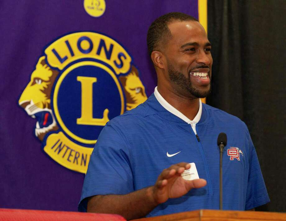 Oak Ridge head coach Marlin Cloudy speaks during the Conroe Noon Lions Club's annual Roundball Roundup with area boys basketball coaches at the Lone Star Convention & Expo Center, Wednesday, Dec. 4 2019, in Conroe. Photo: Jason Fochtman, Houston Chronicle / Staff Photographer / Houston Chronicle