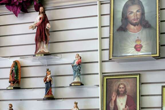 """""""Depictions of the Christ often reflect the dominant culture of the community and ethnicity of the artist,"""" Rev. David V. Mason says in his sermon, The Many Faces of Jesus. """"If you've browsed a religious bookstore, you've probably seen renderings of Jesus as a black man, an Asian man, even a fair-haired fellow with blue eyes."""""""