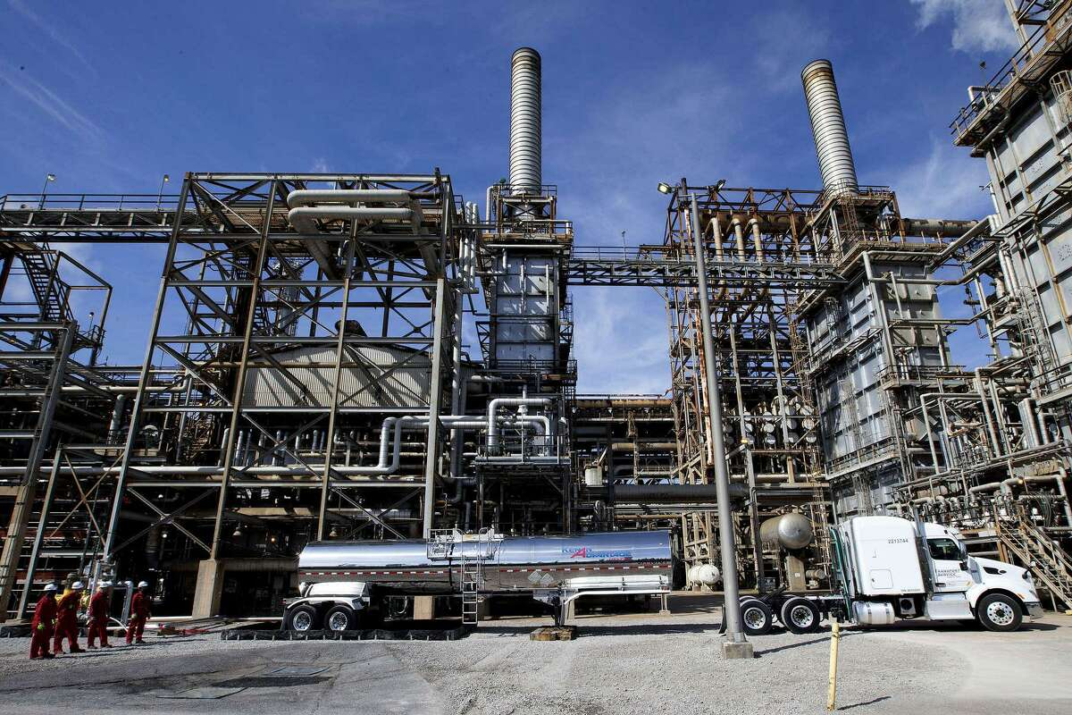 A truck delivers liquefied plastic feedstock made from waste to Shell's Norco plant in Louisiana.