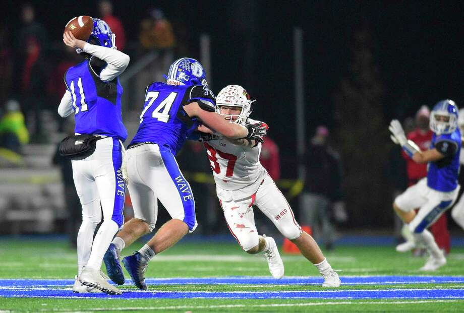 Darien defeats Greenwich 26-16 in a CIAC Class LL football quarterfinal game at Darien High School in Darien, Conn. on Dec. 4, 2019. Photo: Matthew Brown / Hearst Connecticut Media / Stamford Advocate