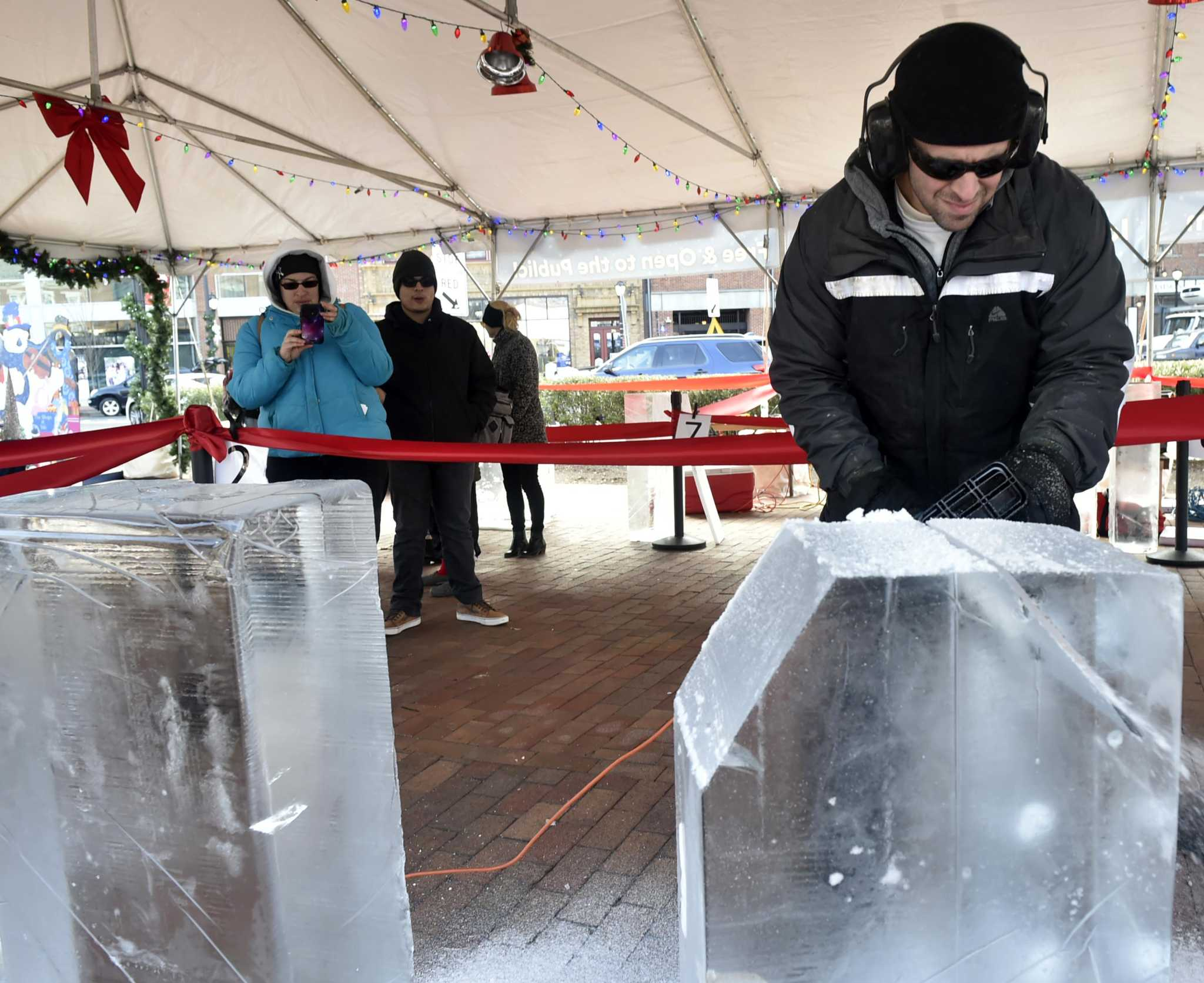Got ice? This New Haven carving event has 2 tons and you're invited