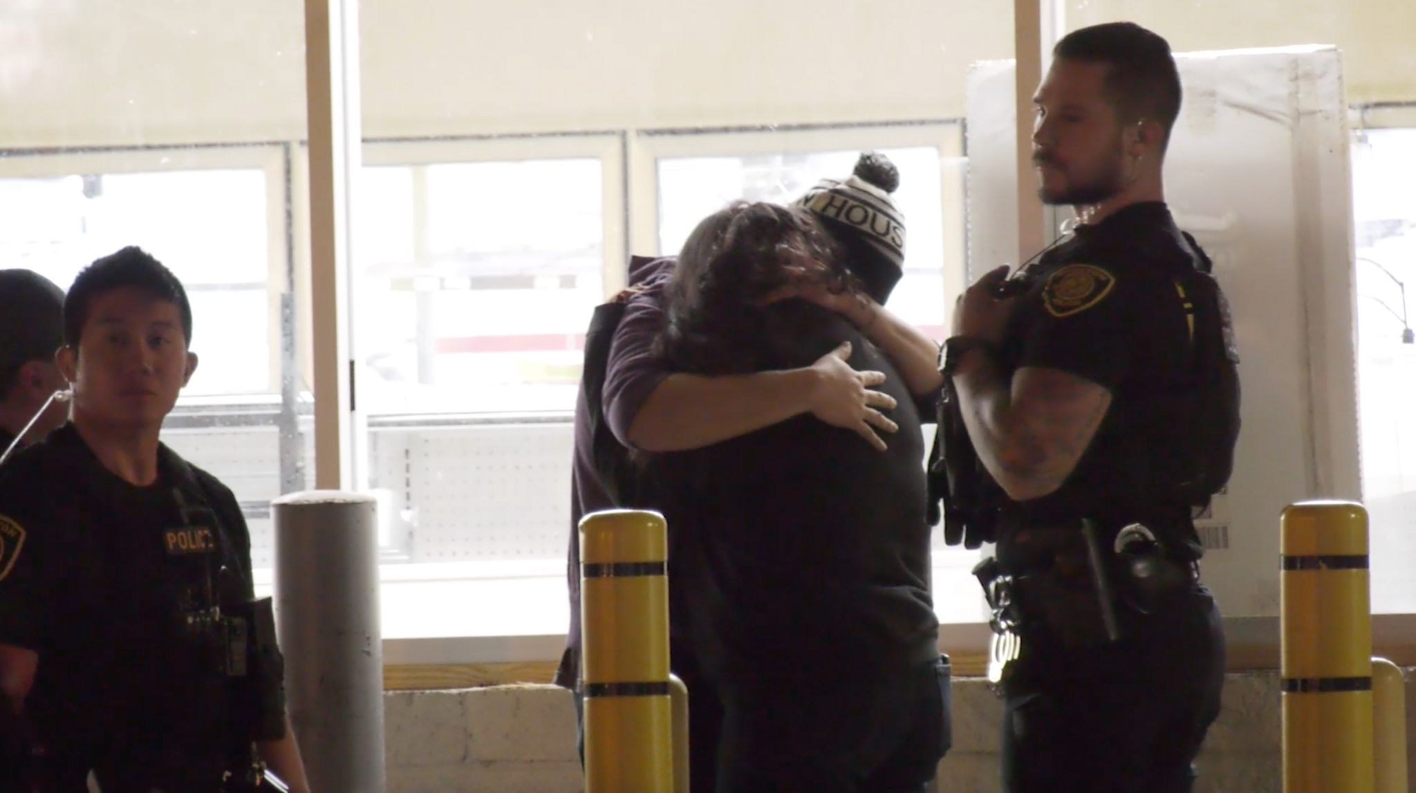 Robbery suspect arrested minutes after west Houston cash store heist