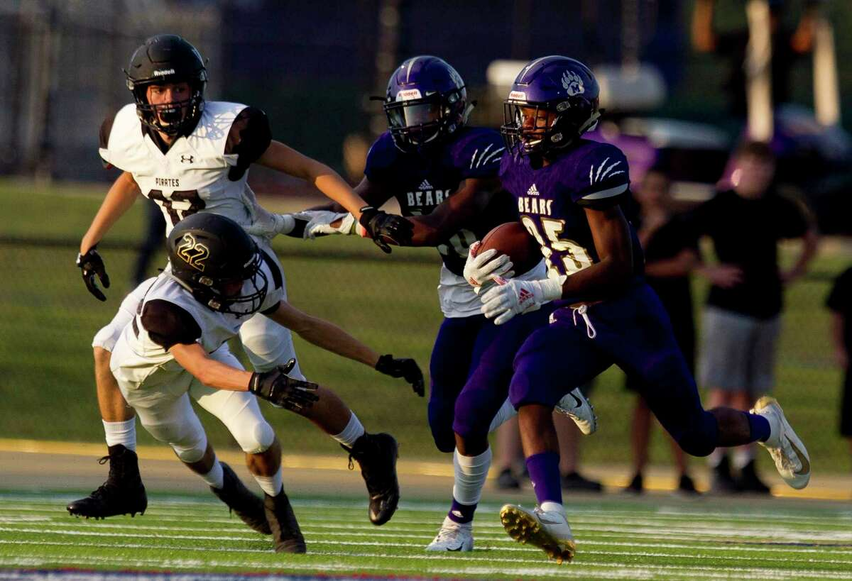 Montgomery running back Adavion Johnson (25) runs for a 66-yard touchdown during the first quarter of a non-district high school football game at Montgomery ISD Stadium, Thursday, Aug. 29, 2019, in Montgomery.