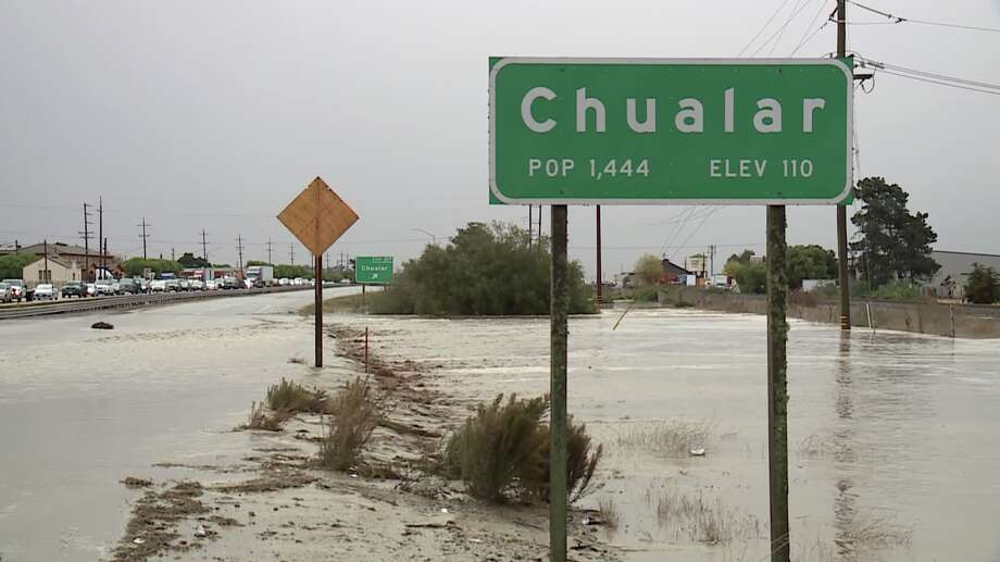Flooding in and around Chualar in Monterey County closed Highway 101 and local roads for hours Wednesday evening. Photo: KSBW