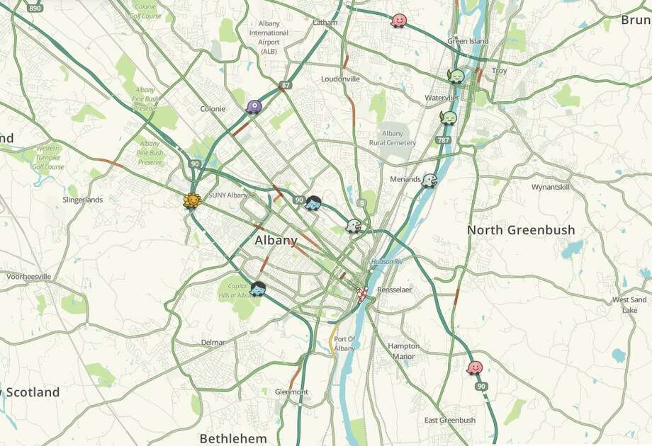 Live traffic map of Capital Region by Waze - The Hour on weather maps, google maps, dynamic maps, information maps, street view maps, driving directions maps,
