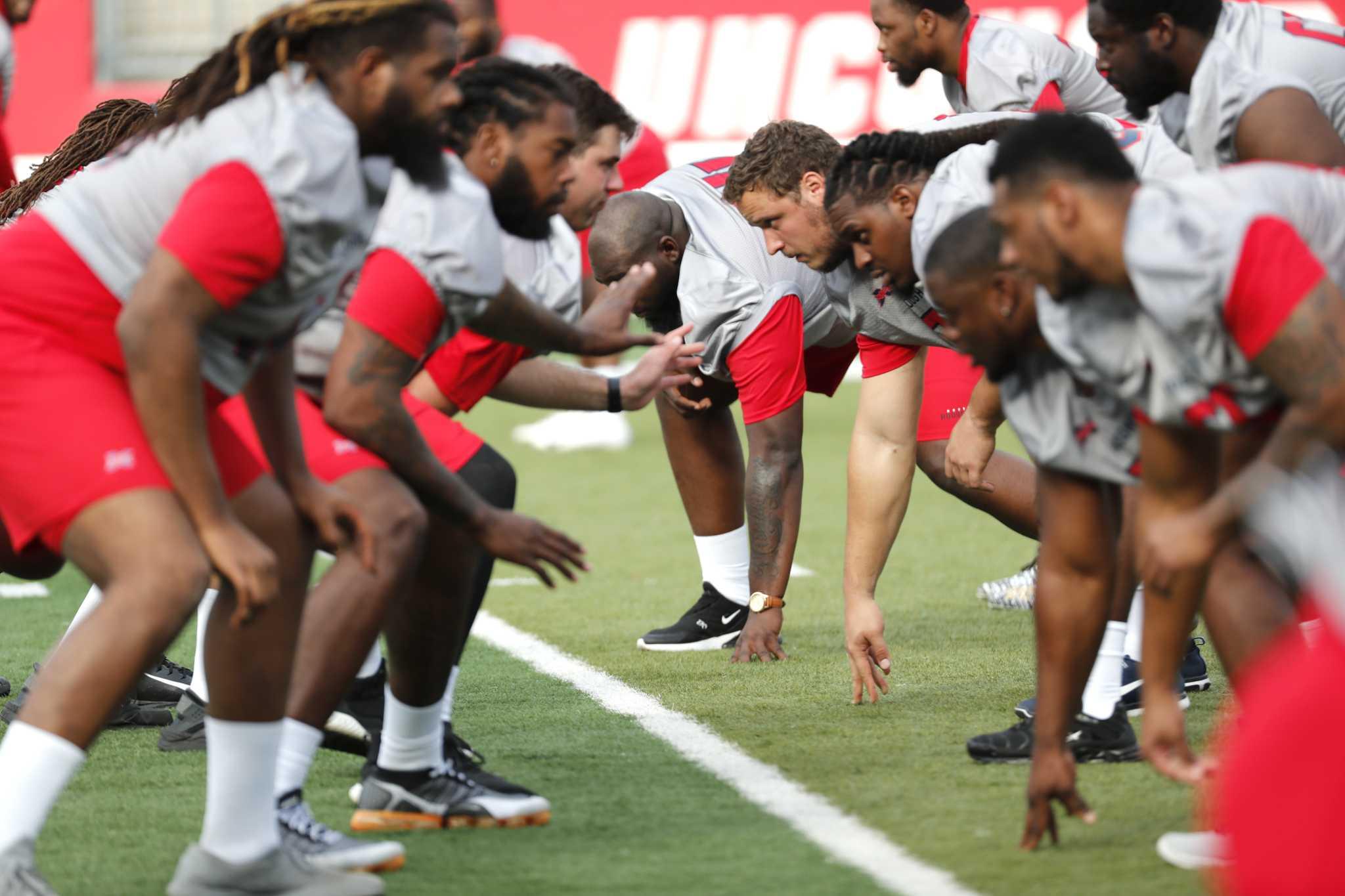 XFL's Houston Roughnecks begin practice
