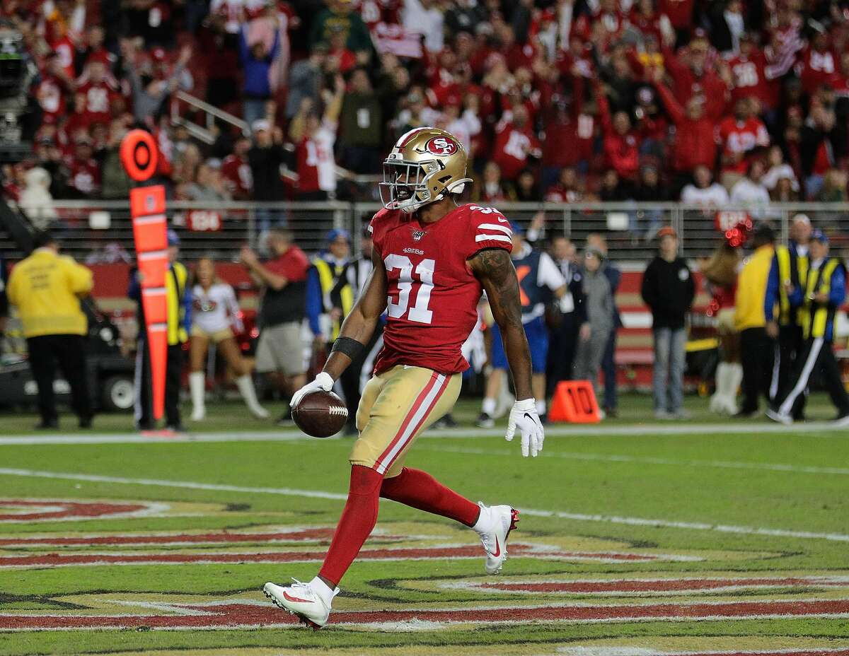 Raheem Mostert (31), celebrates his rushing touchdown in the fourth quarter as the San Francisco 49ers played the Green Bay Packers at Levi's Stadium in Santa Clara, Calif., on Sunday, November 11/24/19, 2019.