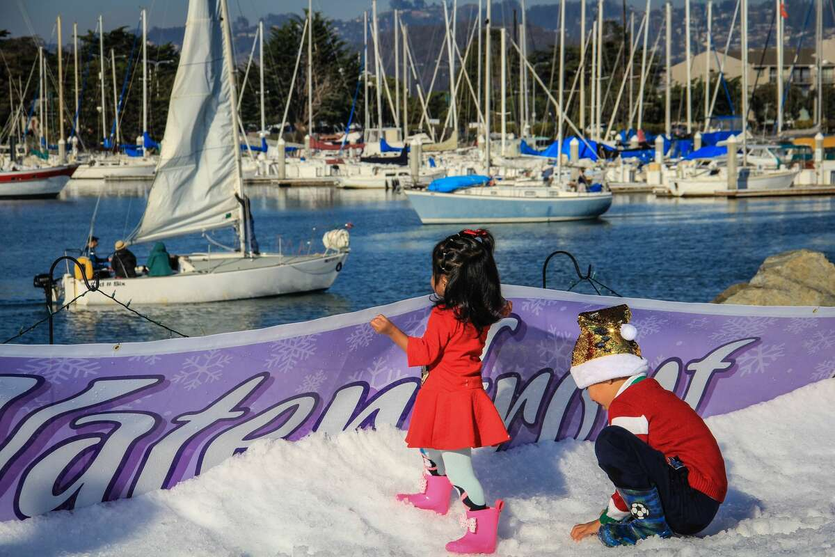 Winter on the Waterfront & Lighted Boat Parade Saturday, Dec. 14, 2 to 6:30 p.m. Berkeley Yacht Club, 1 Seawall Drive, Berkeley Free