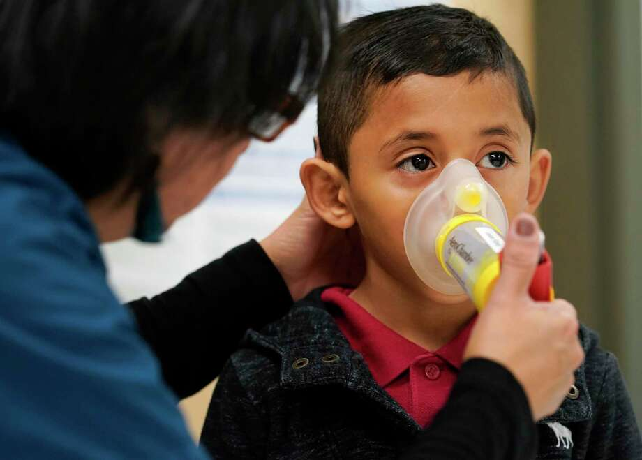 According to the Asthma and Allergy Foundation of America, Bridgeport, New Haven and Hartford, districts with notable chronic absenteeism rates, are among the top 10 American cities in incidence of asthma. Photo: Melissa Phillip / Houston Chronicle / © 2019 Houston Chronicle