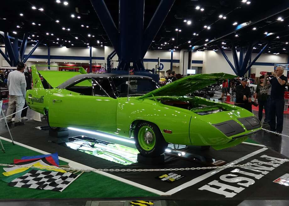 Janice Sutherland and Larry Snow showed their mean, very green 1970 Plymouth Road Runner Superbird. Photo: Jeff Yip / Jeff Yip
