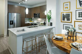 325 27th St.   Photo: Apartment Guide