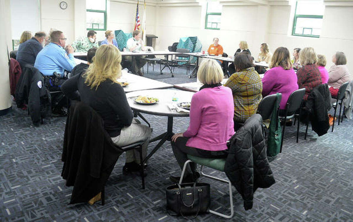 The first meeting of the community resource group at the Edwardsville Public Library on Tuesday dealt with a variety of issues, including how the library can better help patrons who are dealing with homelessness or mental health issues.