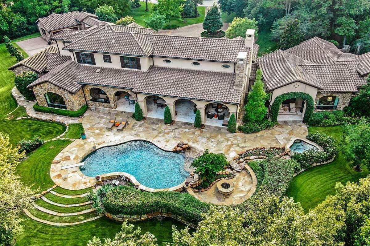 8. 19 Congressional Circle, The WoodlandsHouse sold: $2.5 million - $2.9 million4 bed | 4 full & 1 half bath | 7,602 sq. ft.