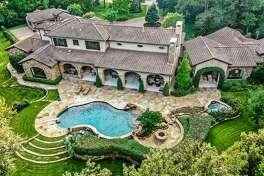 8. 19 Congressional Circle, The WoodlandsHouse sold: $2.5 million - $2.9 million4 bed   4 full & 1 half bath   7,602 sq. ft.