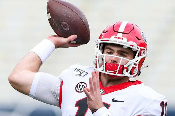 ATLANTA, GA - NOVEMBER 30: Jake Fromm #11 of the Georgia Bulldogs looks to pass prior to the start of the game against the Georgia Tech Yellow Jackets at Bobby Dodd Stadium on November 30, 2019 in Atlanta, Georgia. (Photo by Carmen Mandato/Getty Images)