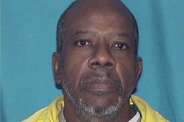 FILE -This undated photo provided by the Illinois Department of Corrections shows Larry Earvin, a former inmate at Western Illinois Correctional Center in Mt Sterling, Ill. Three prison guards face federal assault and civil rights violations charges in his death. (Illinois Department of Corrections via AP File) Photo: AP / Illinois Department of Corrections