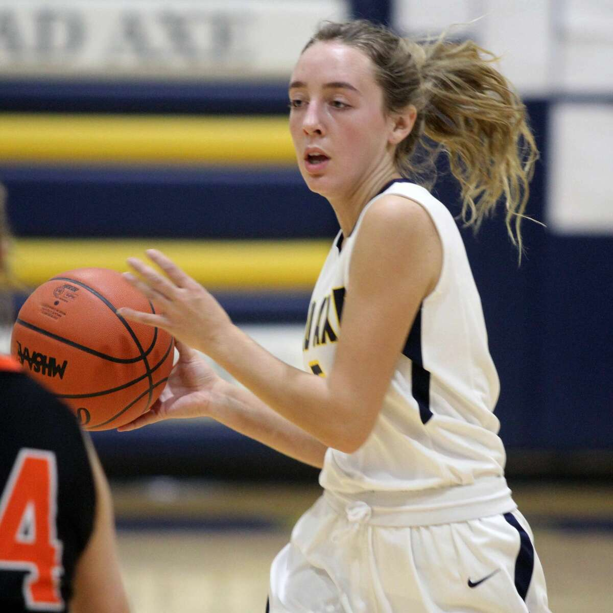 Harbor Beach picked up its first road win of the season against Bad Axe by a score of 54-30 on Friday, Dec. 6.