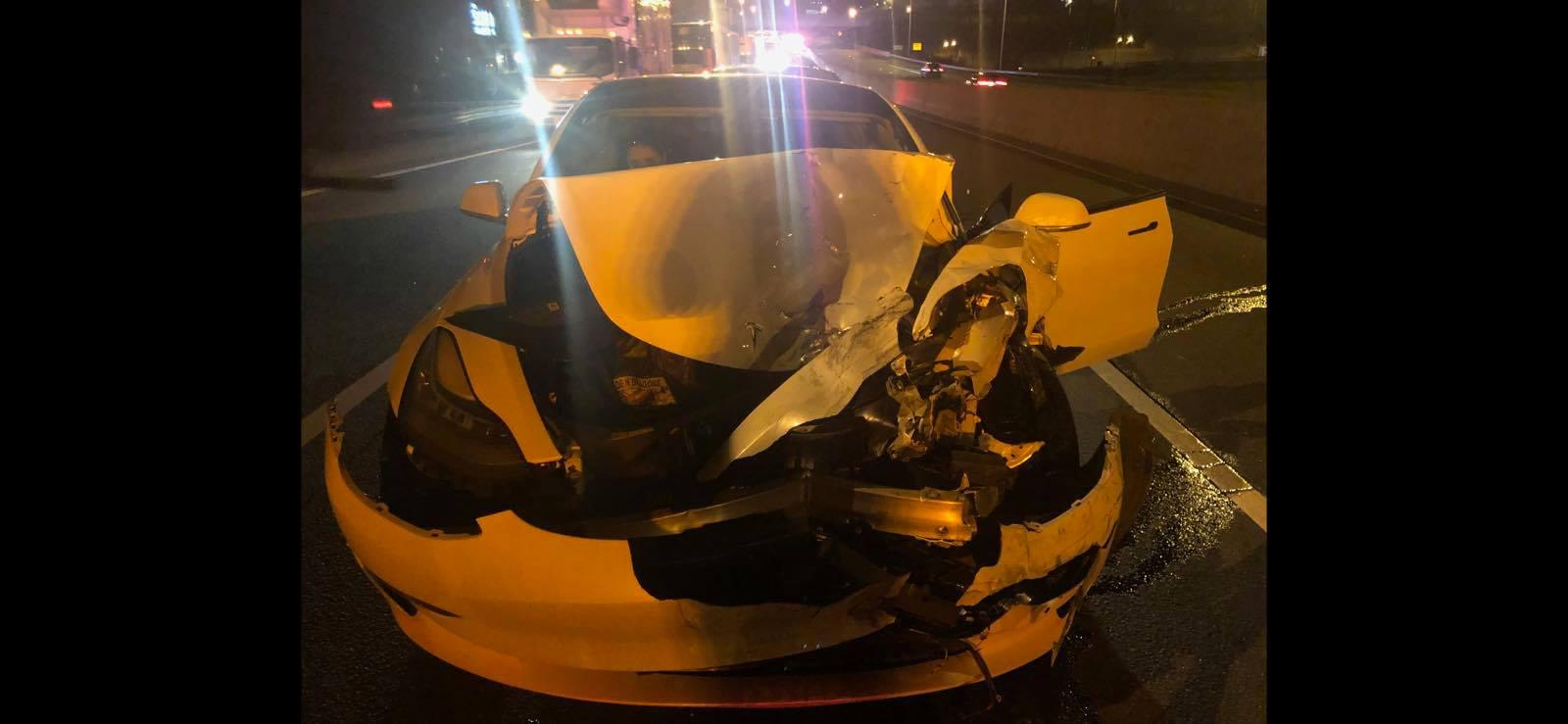 Police: Driver claims Tesla on auto-pilot when hitting 2 cars on I-95