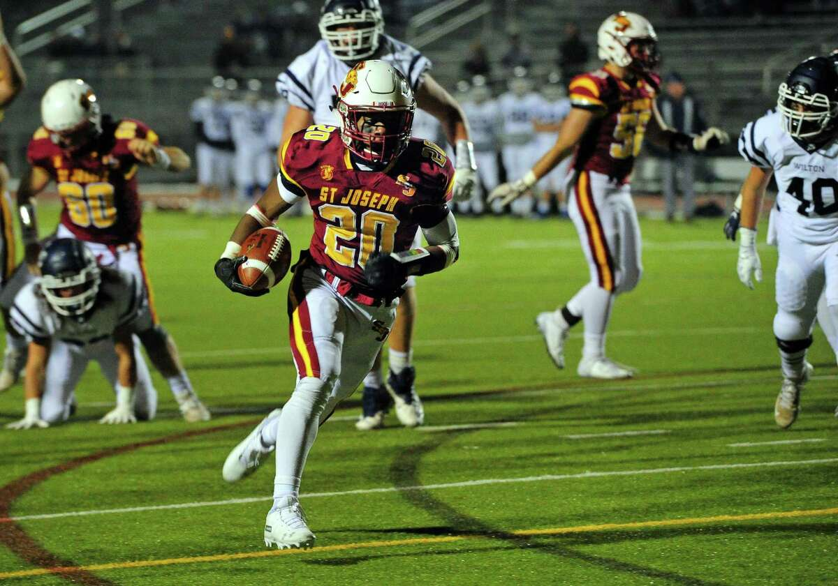 Running back Jaden Shirden and St. Joseph will face New Canaan in a Class L semifinal on Monday.