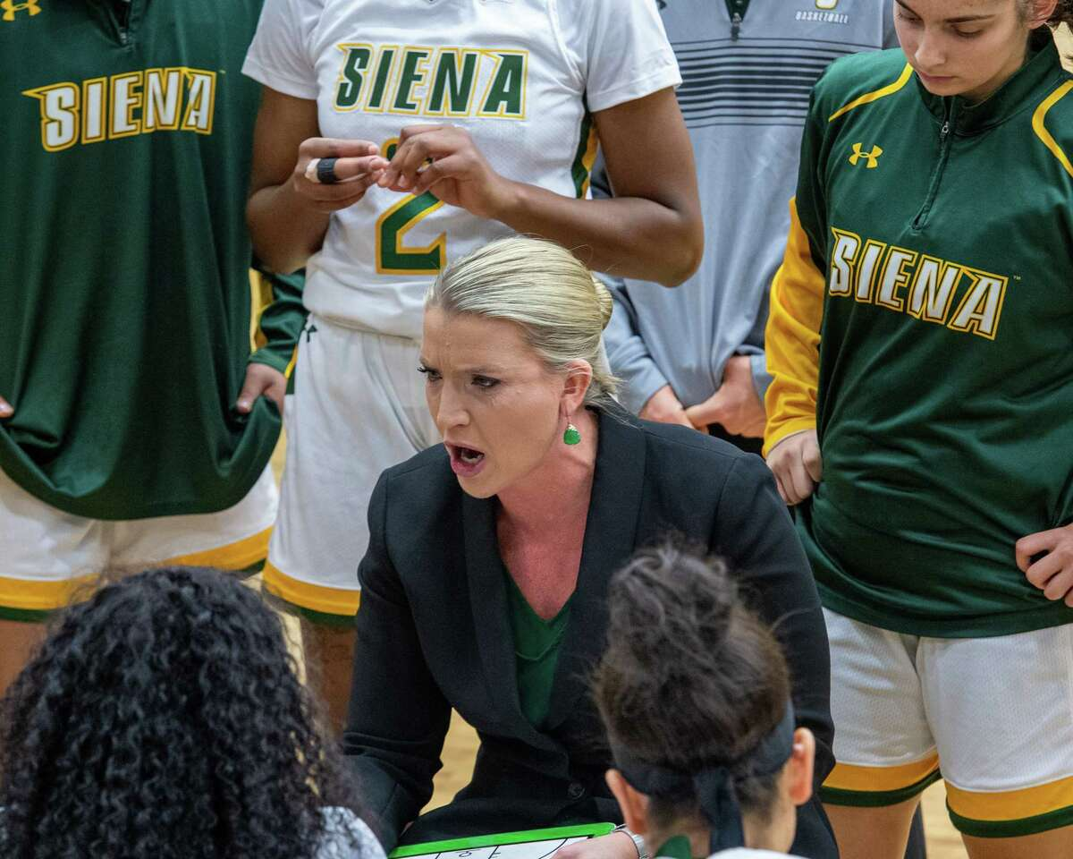 Siena College women's basketball coach Ali Jacques talks to her team during the Crosstown Showdown against UAlbany at Siena College on Saturday, Dec. 7, 2019 (Jim Franco/Special to the Times Union.)
