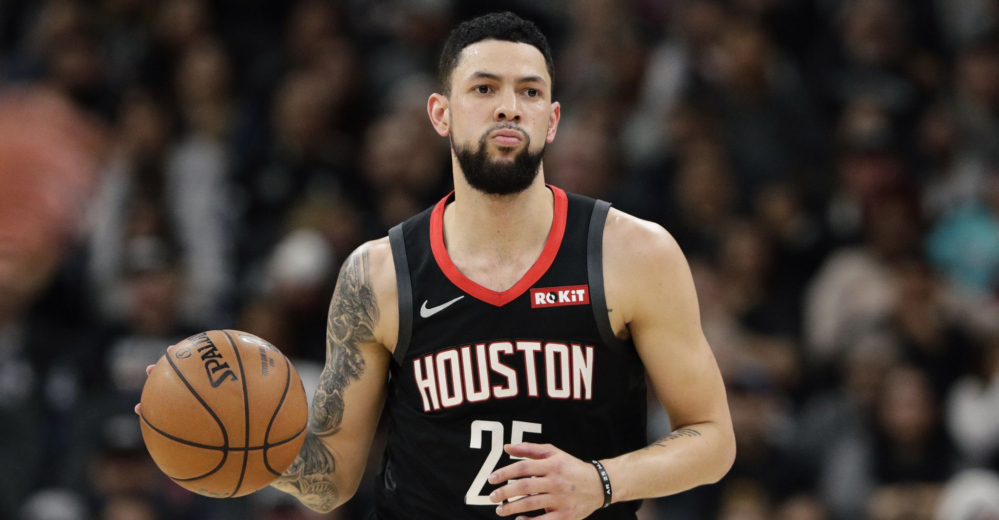 Rockets' Austin Rivers ruled out with a thumb injury