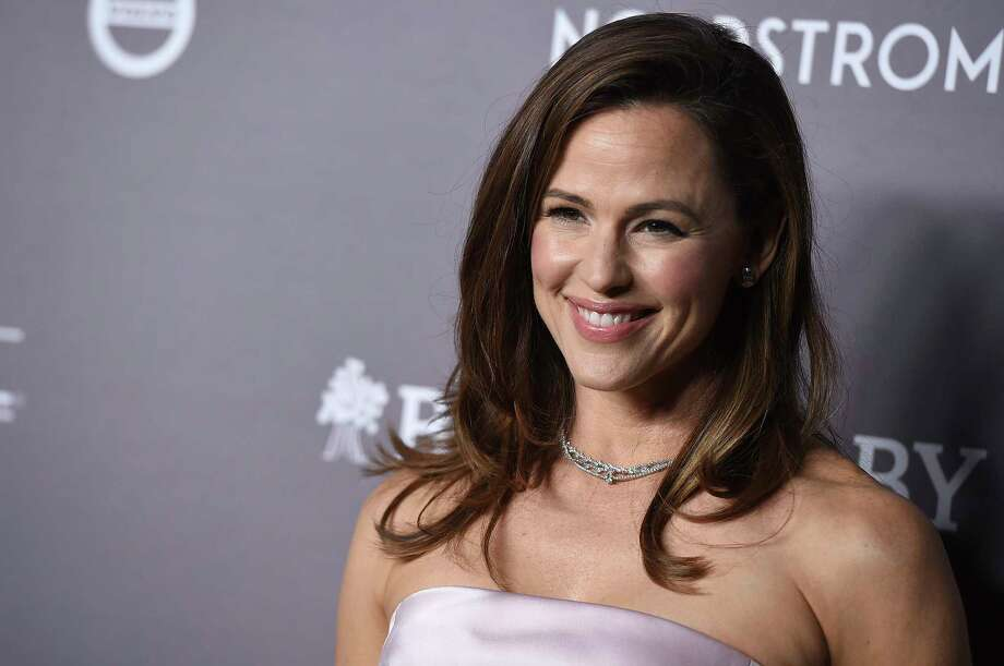 Jennifer Garner posted a video on Instagram of herself dancing ballet in the middle of a moving walkway at SFO. Photo: Jordan Strauss/Invision/AP / 2019 Invision