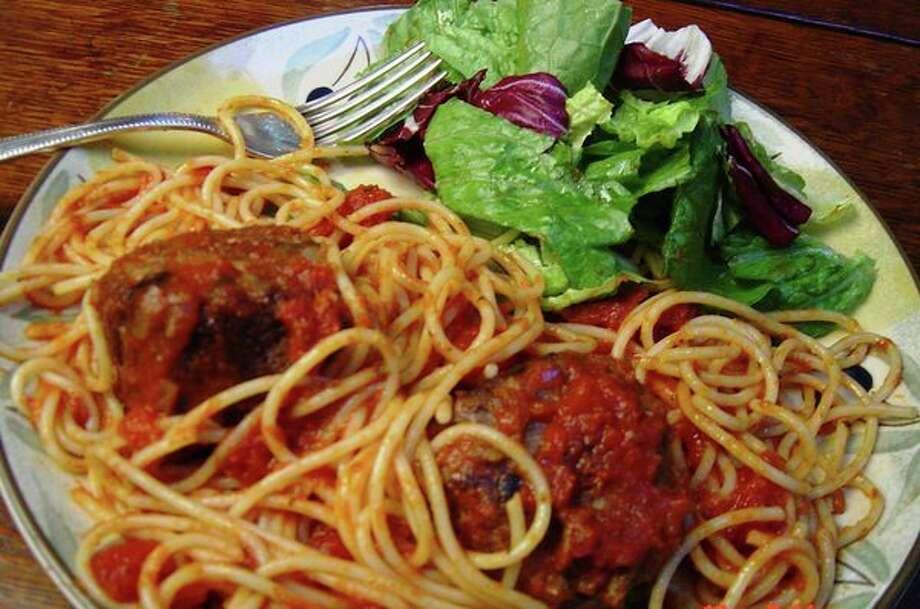 Spaghetti and meatballs (Linda Gassenheimer/TNS) / Linda Gassenheimer