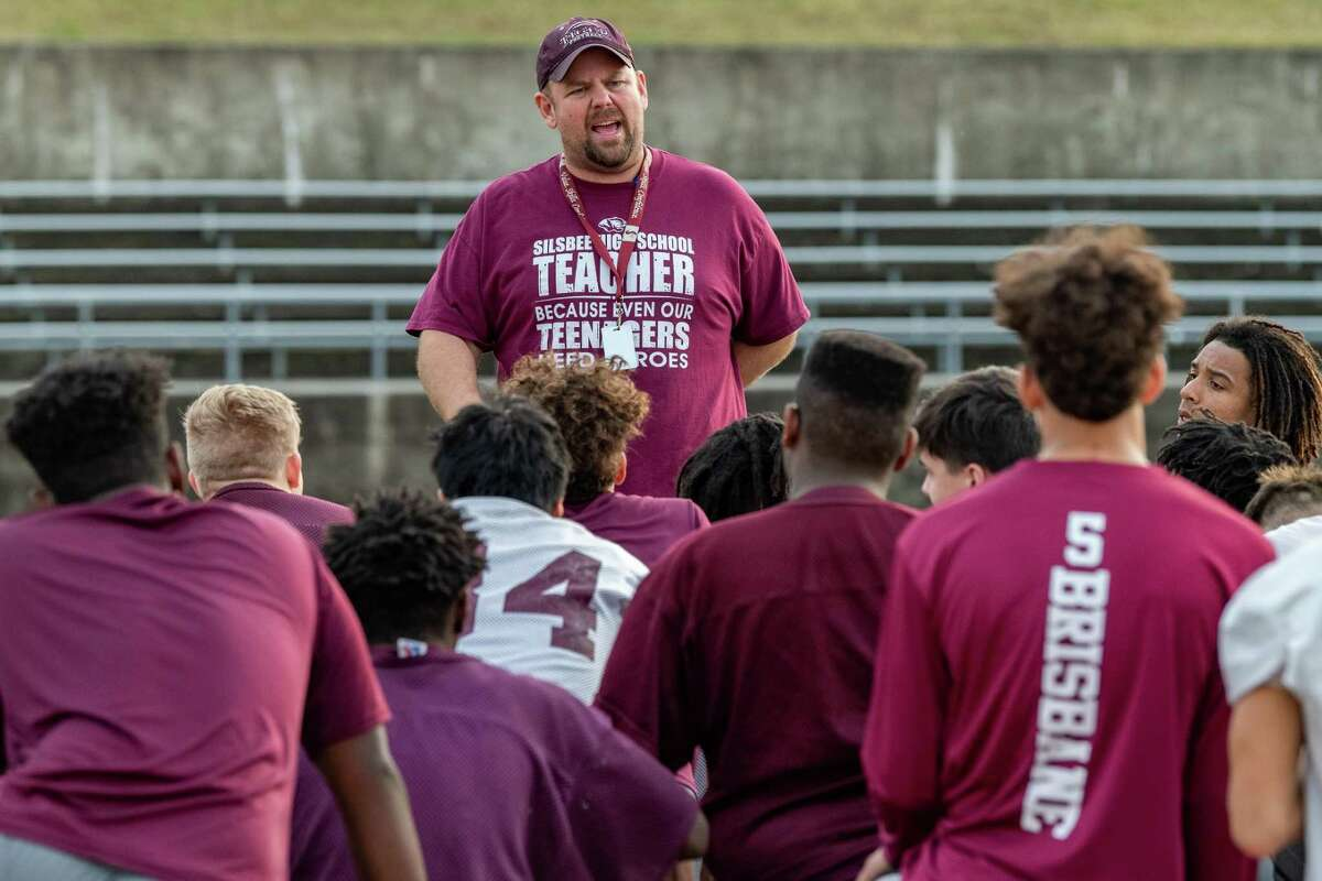 The Silsbee Tigers get a pep talk from Coach Randy Smith at the close of practice on Thursday afternoon as the team prepares for their game against West Orange-Stark. Fran Ruchalski/The Enterprise