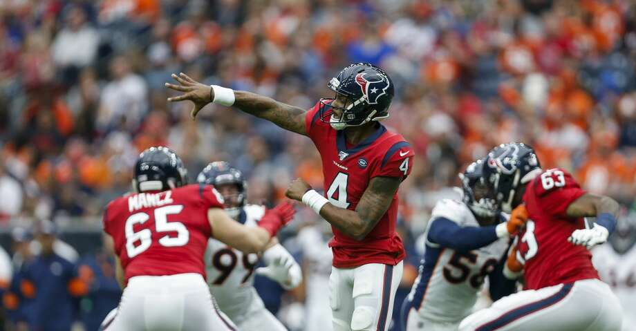 Houston Texans quarterback Deshaun Watson (4) throws the ball against the Denver Broncos during the second quarter of an NFL game at NRG Stadium Sunday, Dec. 8, 2019, in Houston. Photo: Godofredo A Vásquez/Staff Photographer