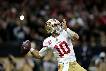 49ers' Garoppolo close to getting up there with the greats