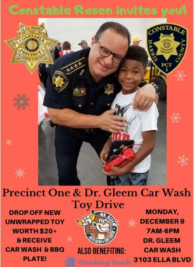 Bring $20 cash or a $20 toy to Dr. Gleem Car Wash & Lube Center from 7 a.m. to 6 p.m., tomorrow, Monday, Dec. 9, to help out a Houston-area resident and receive a car wash and a plate of barbecue. Here, Constable Alan Rosen hugs a children with a new gift. Photo: Courtesy By Harris County Precinct 1