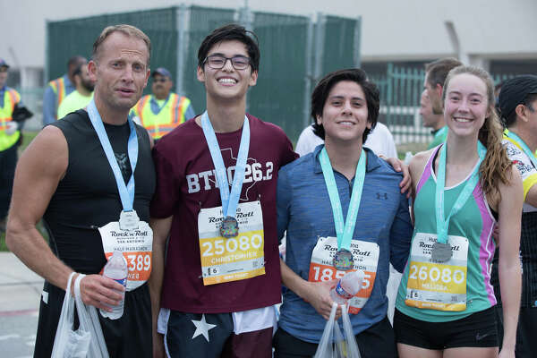 San Antonians laced up their sneakers to participate in the Rock 'n' Roll Marathon on Saturday, December 7-8th.