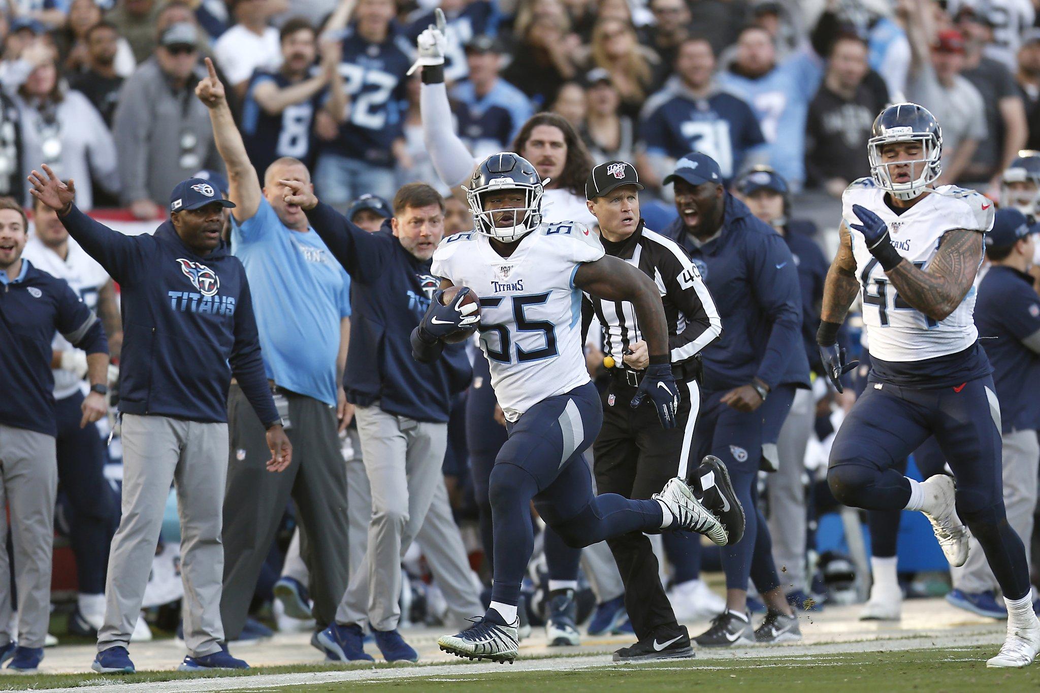 Raiders defense falters in 42-21 loss to Titans,...