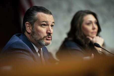Senator Ted Cruz, a Republican from Texas, speaks during a Joint Economic Committee hearing on Capitol Hill in Washington, D.C., U.S., on Wednesday, Nov. 13, 2019. Federal Reserve Chairman Jerome Powelldeclined to pledge that the Fed would keep interest rates on hold through 2020. Photographer: Al Drago/Bloomberg