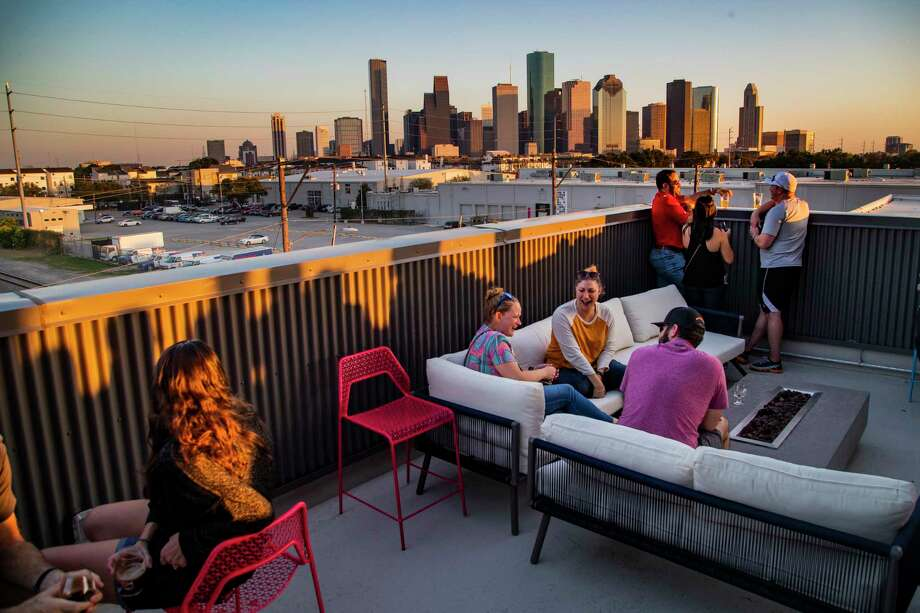 View of downtown Houston skyline from the third floor at Buffalo Bayou Brewing Co. Photo: Marie D. De Jesús, Staff Photographer / © 2019 Houston Chronicle