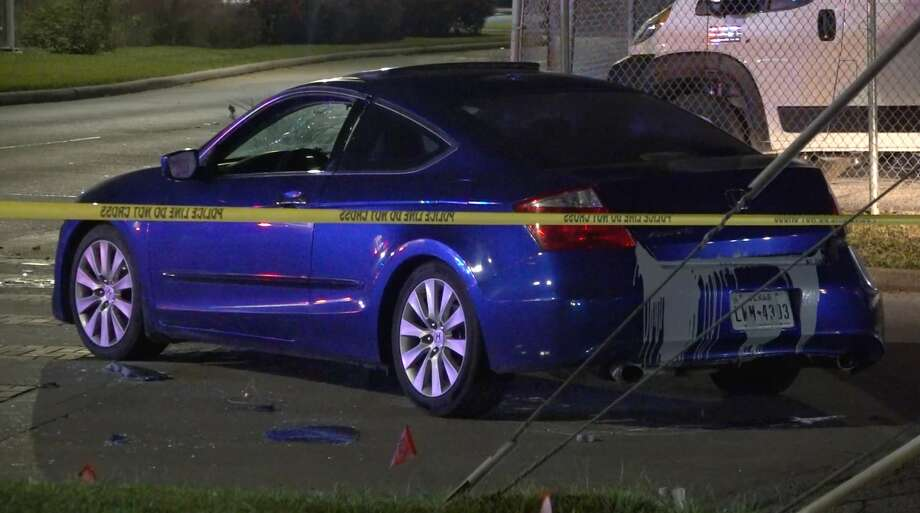 Houston police invsestigate the scene of a road rage crash and gunfire in north Houston on Sunday. Dec. 9, 2019. Photo: OnScene.TV
