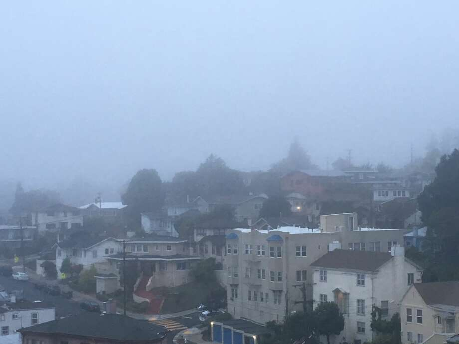 A heavy fog blanketed the Bay Area on Monday morning. Photo: Douglas Zimmerman/SFGate.com