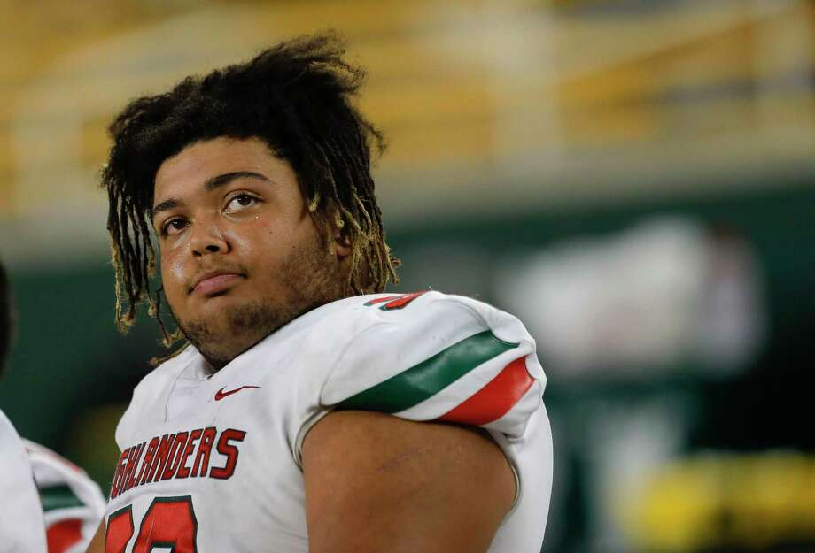The Woodlands defensive linemen Caleb Fox was selected as the District 15-6A Defensive Player of the Year. Photo: Jason Fochtman, Houston Chronicle / Staff Photographer / Houston Chronicle