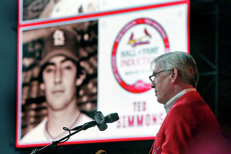 Former Cardinals catcher Ted Simmons delivers his speech during his 2015 Cardinals Hall of Fame induction ceremony in St. Louis. Simmons, an eight-time All-Star during a 21-year big league career, was elected to baseball's Hall of Fame on Sunday. Photo: AP File Photo