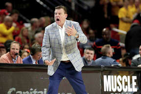 Illinois coach Brad Underwood reacts during the first half of Saturday's 59-58 loss to No. 3 Maryland in College Park, Md.