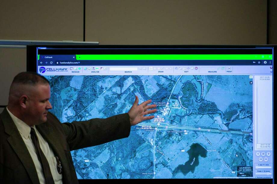 State Sgt. Zachary McBride points to a visualization of the locations of cell phones belonging to Cayley Mandadi and Mark Howerton on the night Howerton is accused of killing her in October 2017. Photo: Josie Norris /Staff Photographer / **MANDATORY CREDIT FOR PHOTOG AND SAN ANTONIO EXPRESS-NEWS/NO SALES/MAGS OUT/TV