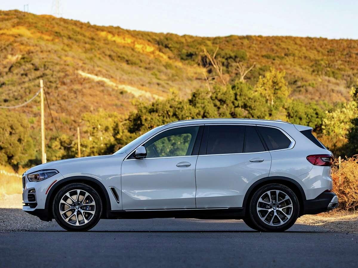 Best Midsize Luxury SUV: 2020 BMW X5 Price starts at:$58,900