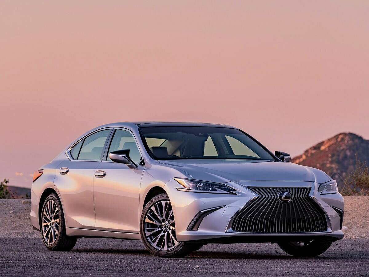 The best cars to buy for 2020, according to Kelley Blue Book Best Luxury Car: 2020 LexusES Price starts at:$41,950