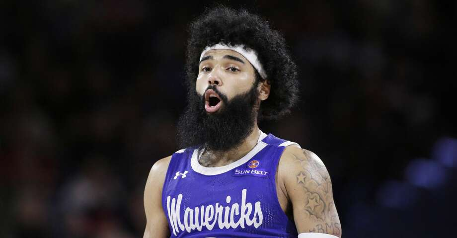 Texas-Arlington guard Brian Warren speaks to his teammates during the second half of an NCAA college basketball game against Gonzaga in Spokane, Wash., Tuesday, Nov. 19, 2019. (AP Photo/Young Kwak) Photo: Young Kwak/Associated Press