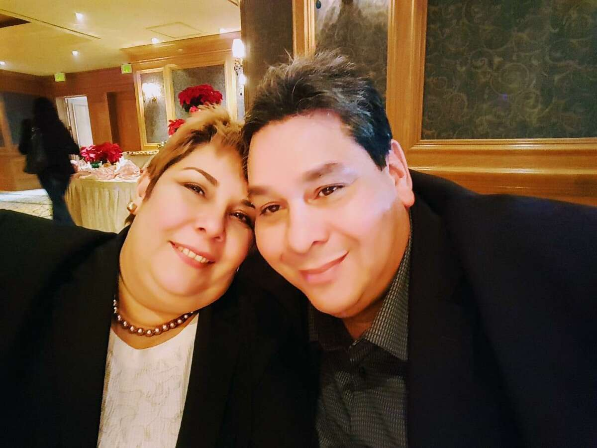 JosePereira (right) with his wife Mervis on their 30th wedding anniversary in 2017. Pereira is the former president of Houston-based Citgo and has been detained in Venezuela.